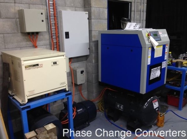PC22 - CNC machines and screw compressor